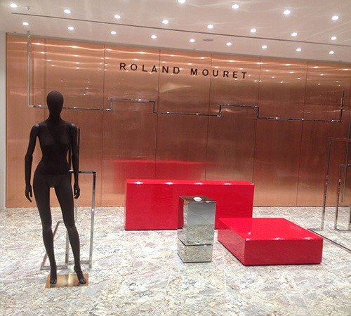 roland-09